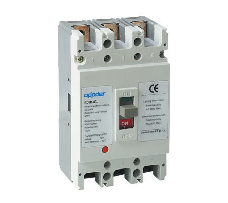 OM1 Moulded Case Circuit Breaker