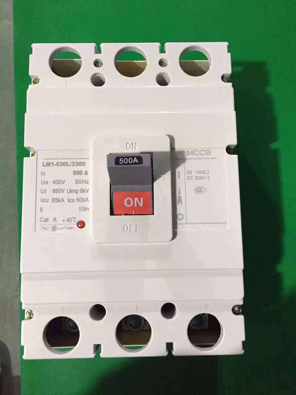 500A MOULDED CASE CIRCUIT BREAKER