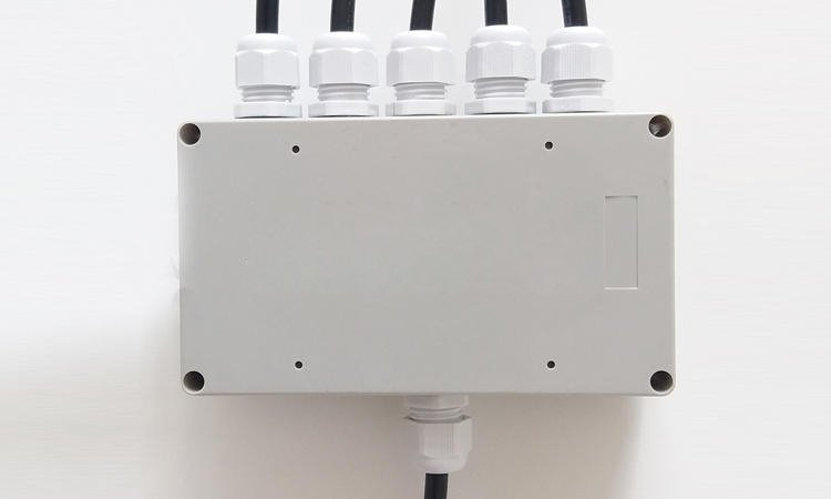 cable-gland-Waterproof-junction-box